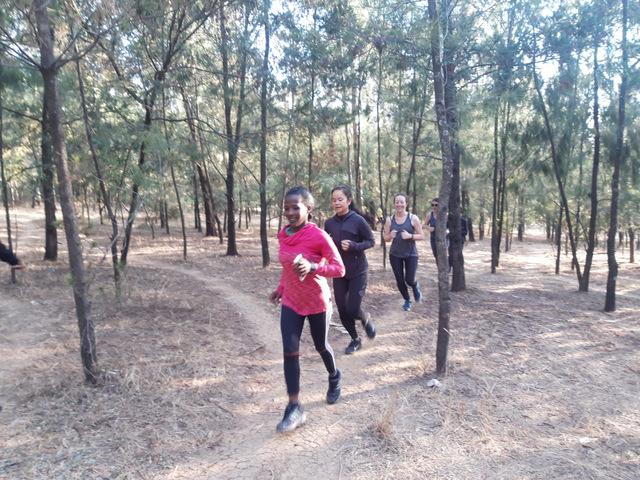 Run-Africa-Addis-Ababa-Ethiopia-group-run-women-training