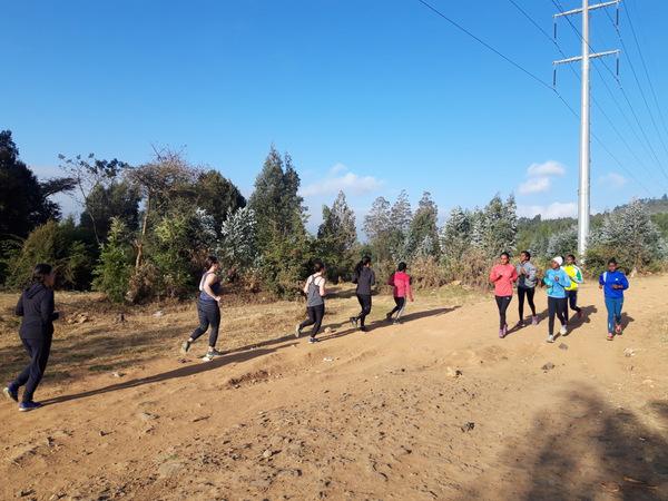 Run-Africa-Addis-Ababa-Ethiopia-group-run-women-training-11-001